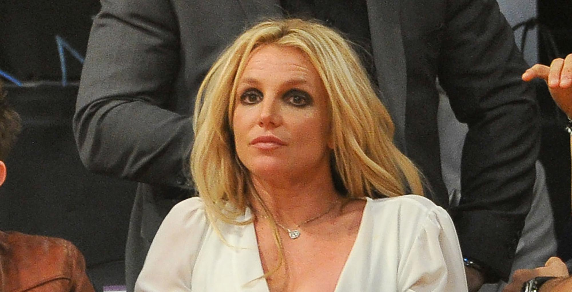 Britney Spears Tells Followers That She Reads Her Instagram Comments As Her Conservatorship Drama Heats Up!