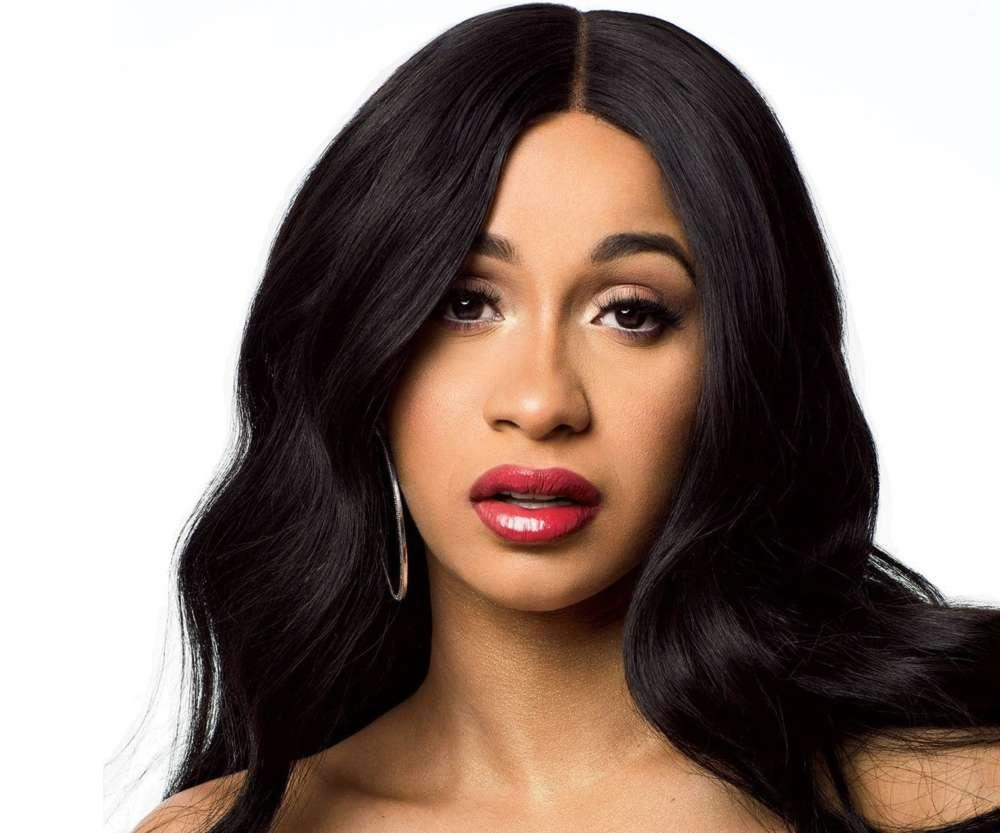 Cardi B Puts Fans On Blast For Making Too Many Comments About Her Personal Life