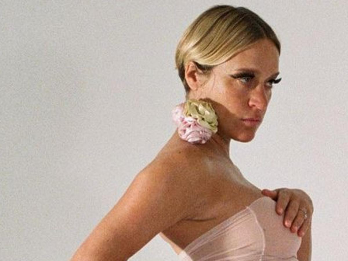 Chloë Sevigny Poses Pregnant And Without Clothes For Newly Rebranded Playgirl Magazine