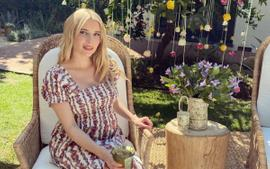 Emma Roberts Looks Like A Princess At Her Baby Shower