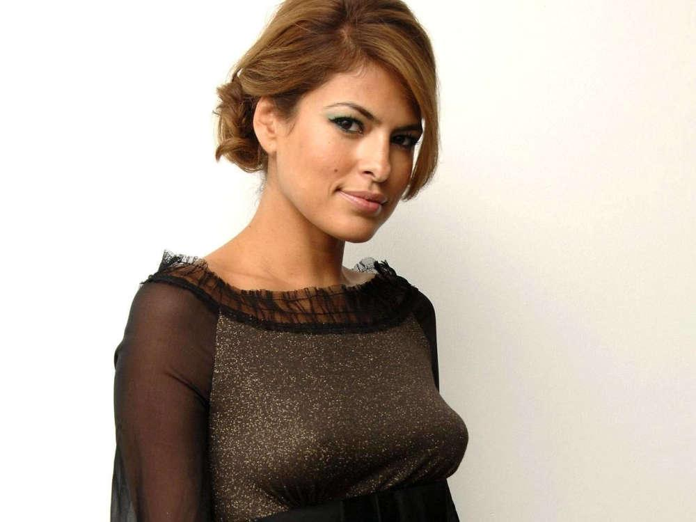 Eva Mendes Shares What She And Ryan Gosling Have Been Doing Amid Lockdown - Claims She's Going To Start Acting Soon