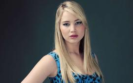 Jennifer Lawrence Says She Called Out Anderson Cooper For Suggesting She Faked Her Fall At The 2013 Oscars