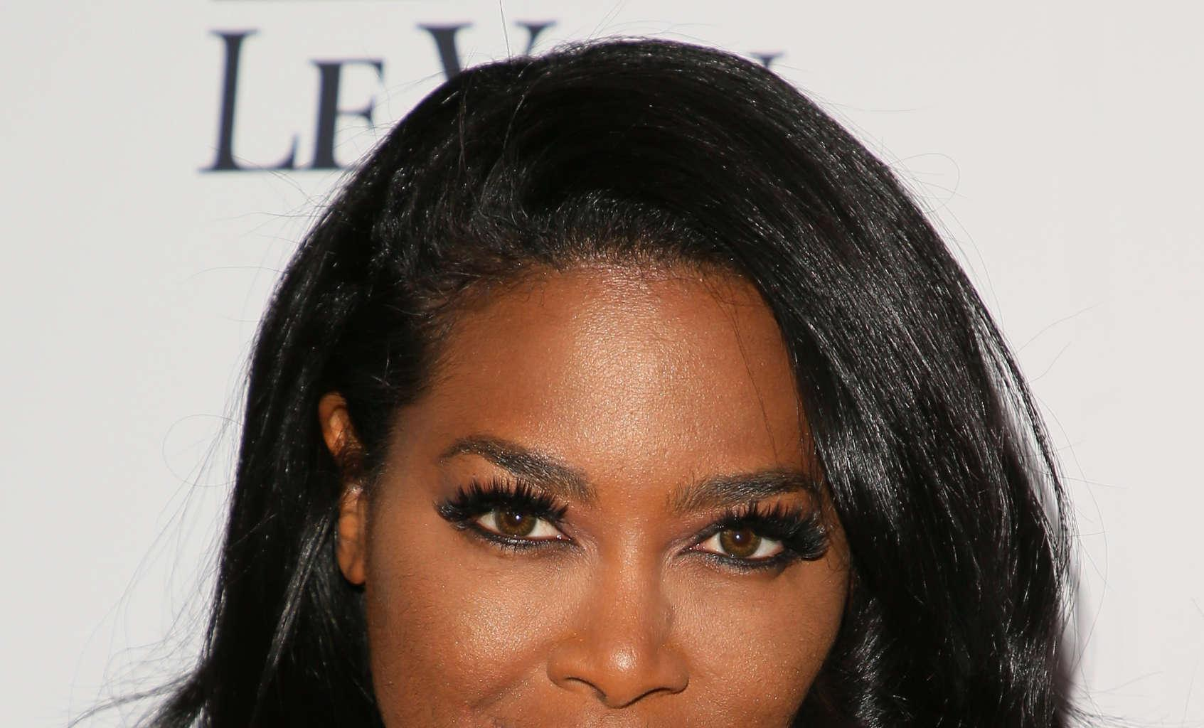 Kenya Moore Tells Fans To Make People Take Them Seriously