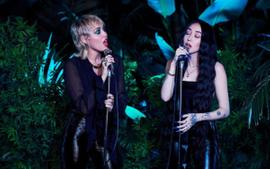 Miley Cyrus And Noah Cyrus Sing 'I Got So High That I Saw Jesus' And Now Fans Want A 'Cyrus Sisters' Album
