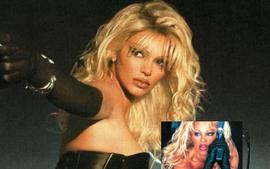 Kendall Jenner Is Blonde Bombshell Pamela Anderson And Wears A Leather Thong Bustier To Recreate Barb Wire