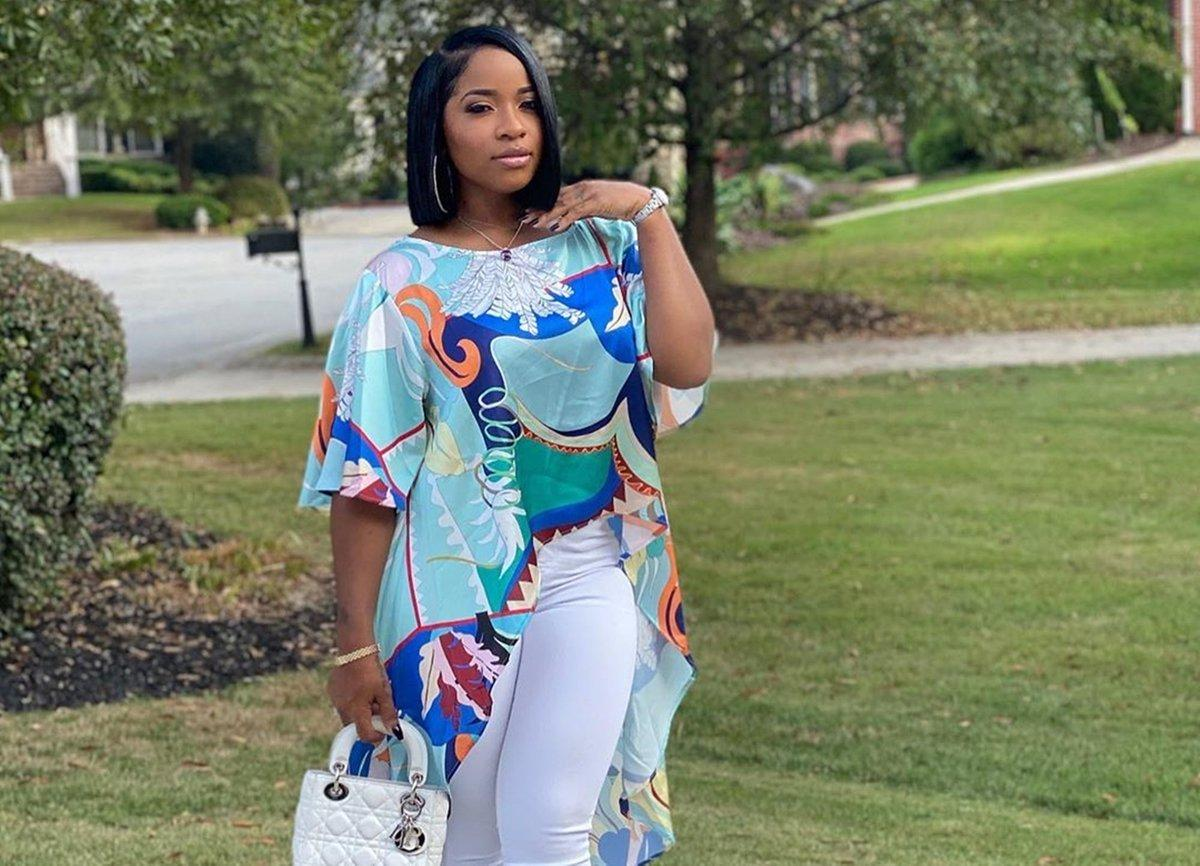 Toya Johnson Is Showing Off Fall Vibes That Impress Fans