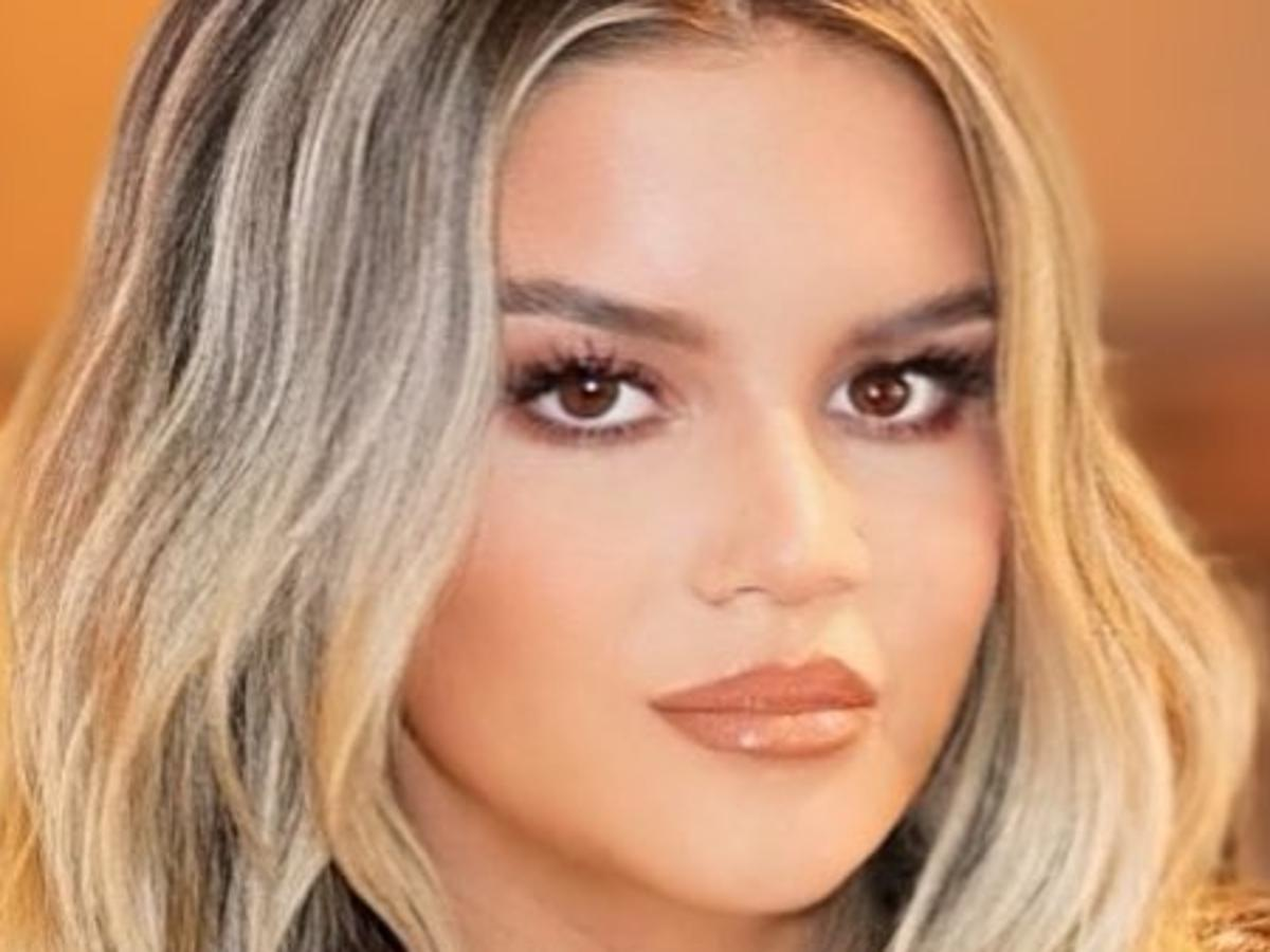 Maren Morris Wore Dolce & Gabbana Floral Dress With Corset Top To The 2020 CMA Awards — See The Look