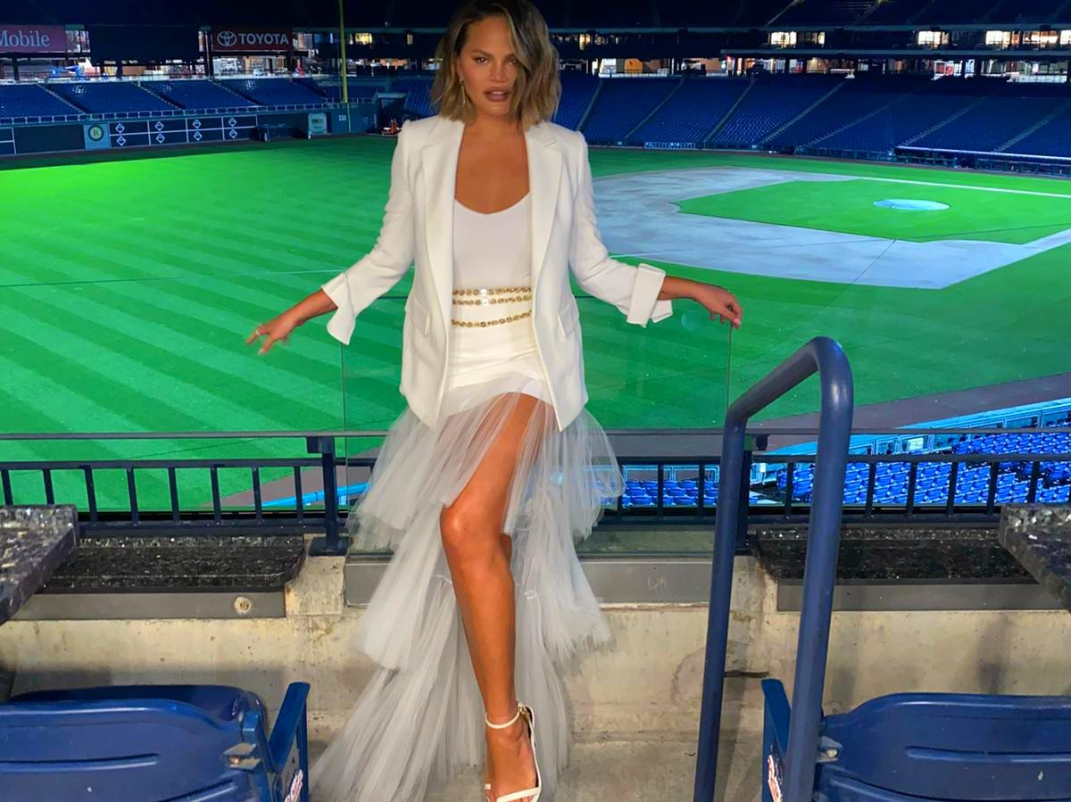 Chrissy Teigen Dazzles In Georges Chakra Tulle Skirt At Kamala Harris Event — See The Look
