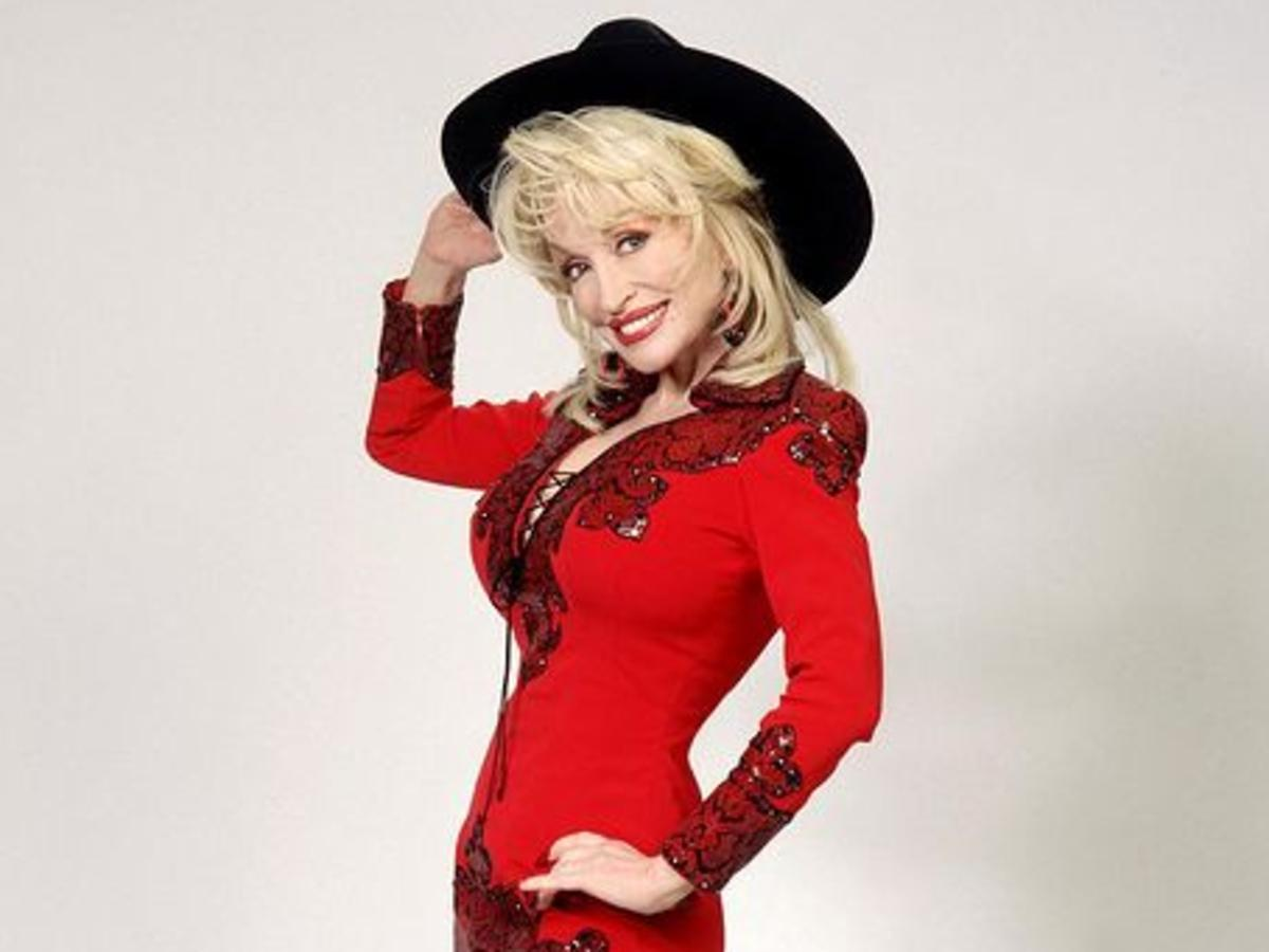 Dolly Parton Is Helping The World Fight COVID-19 As She Is Named Sponsor Of New Vaccine