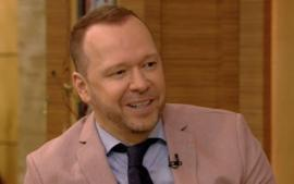 Donnie Wahlberg Leaves A Massive $2020 Tip For A Waitress - Again