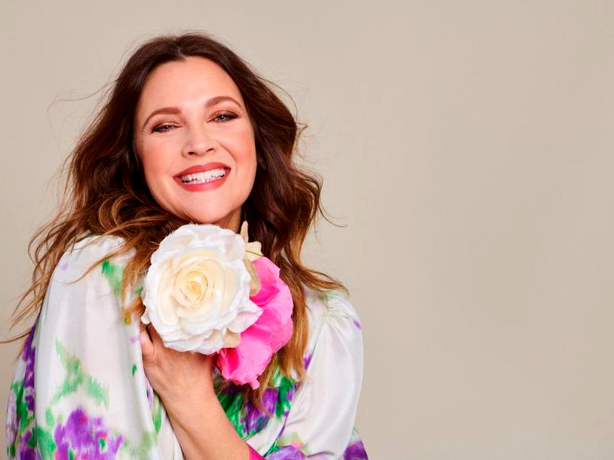 Drew Barrymore Was The Perfect Flower Child At Her Flower Beauty X CVS Launch