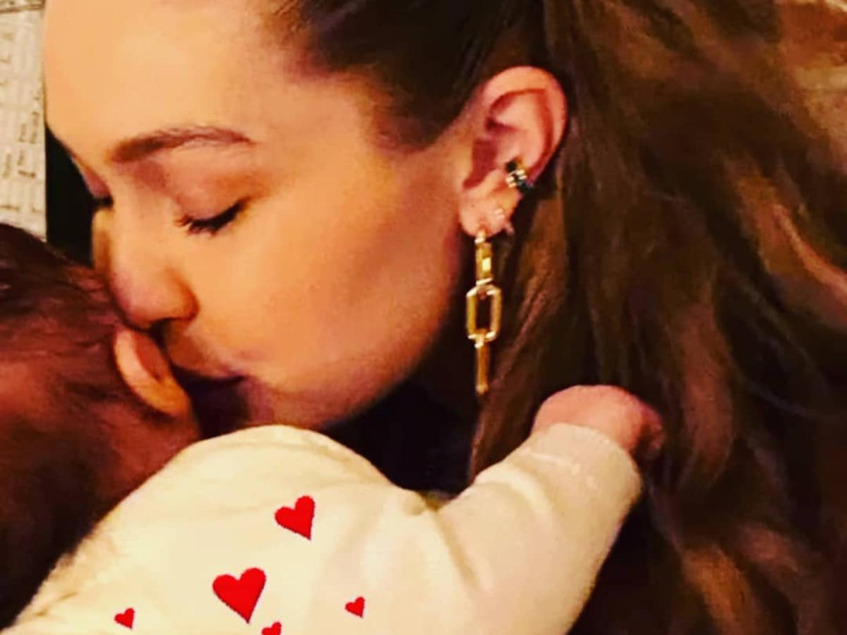 Gigi Hadid Poses With Baby Daughter 'Zigi' In New Thanksgiving Photos