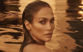 Jennifer Lopez Flaunts Her Insane Curves In Another Cutout Dress!