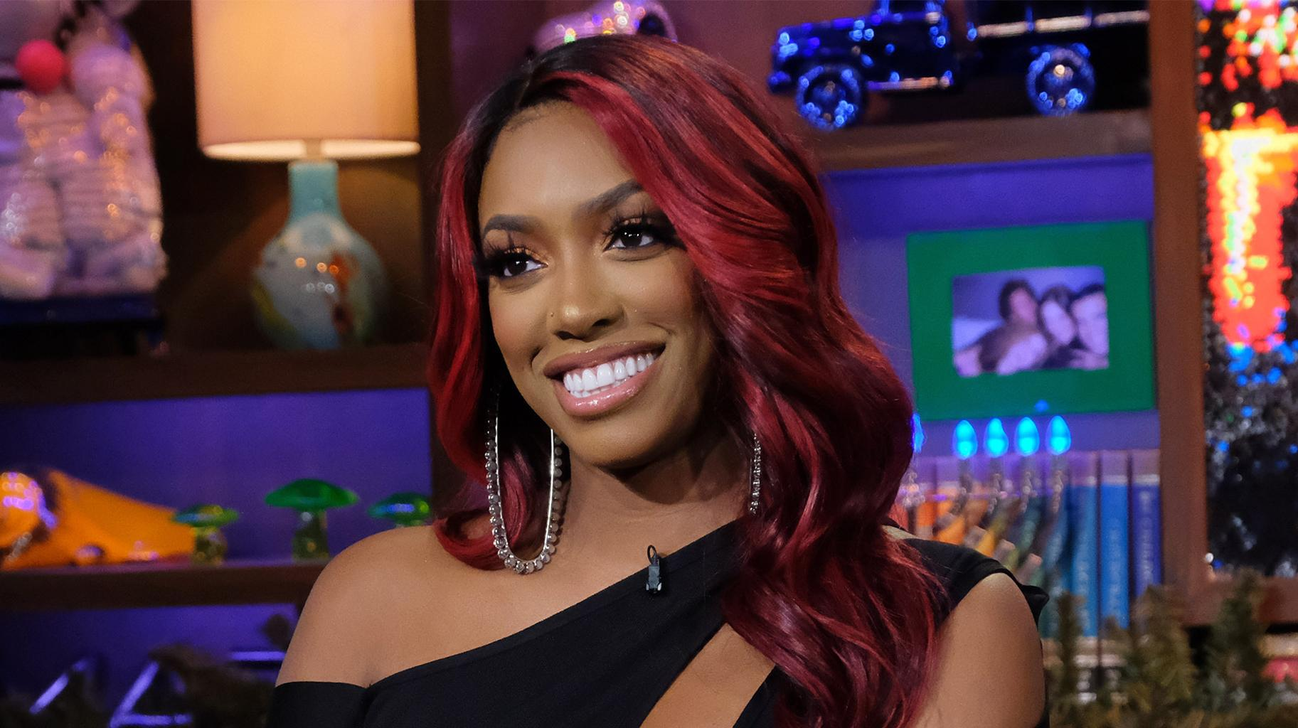 Porsha Williams Looks Dazzling While Presenting The New Bravo Chatroom - See The Video