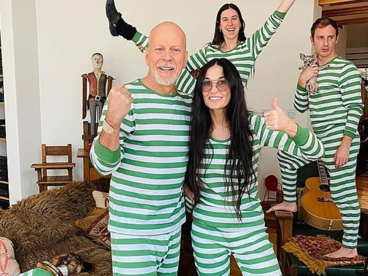 Demi Moore And Bruce Willis Share Family Christmas Photos
