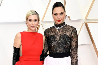 Gal Gadot Praises Co-Star And Now BFF Kristen Wiig For Her Performance In 'Wonder Woman 1984' And For Her Personality On Set!