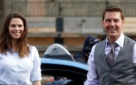 Tom Cruise And Hayley Atwell Reportedly Dating - Details!