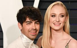 Joe Jonas And Sophie Turner - Inside Their Holiday Plans With Their Baby Daughter!