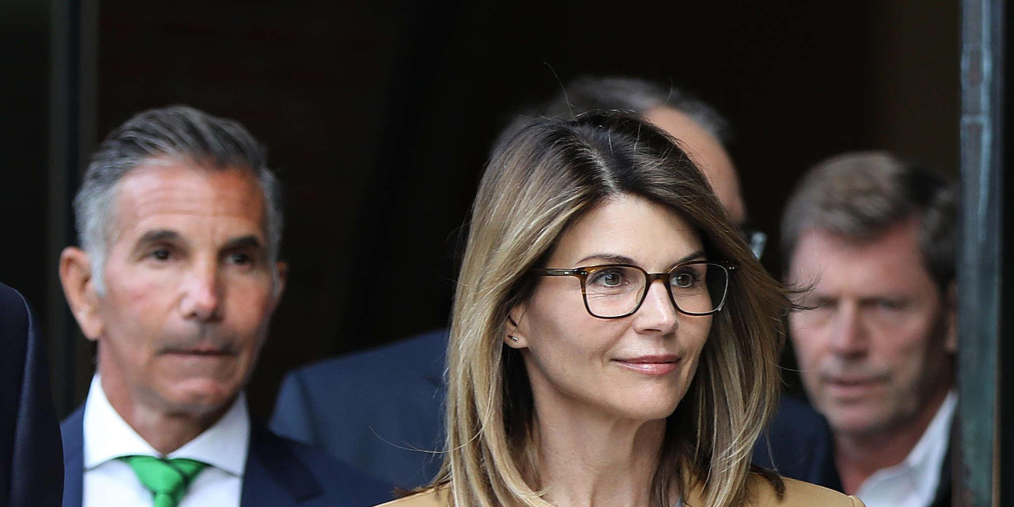 Lori Loughlin Leaves Prison After Serving Her 2-Months Behind Bars!