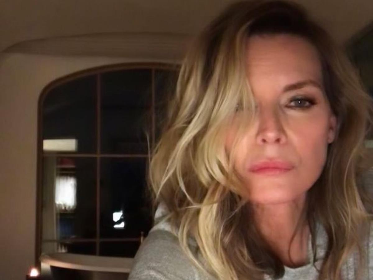 Michelle Pfeiffer Is Unrecognizable With Red Hair — See The Look