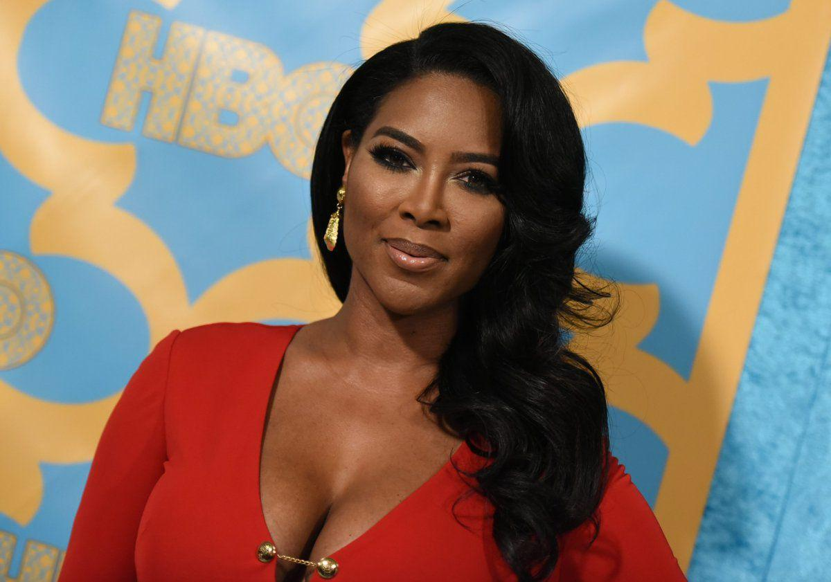 Kenya Moore Wishes A Happy Birthday To A Very Special Friend - See Her Message Here