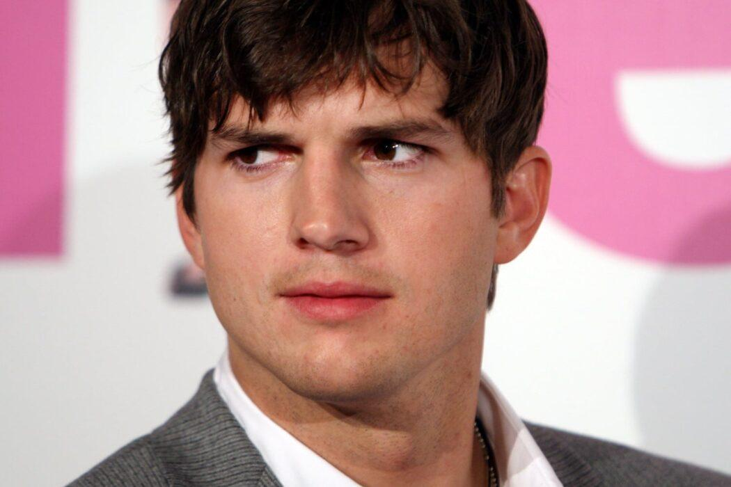 Ashton Kutcher Says That 70s Show Alum Tanya Roberts AKA 'Mitch' Isn't Dead - Hours Before Her Death Is Officially Confirmed