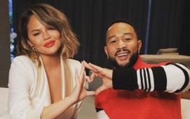 Chrissy Teigen Slammed For Saying She Has Nothing After Yachting During The Holidays Amid The Pandemic