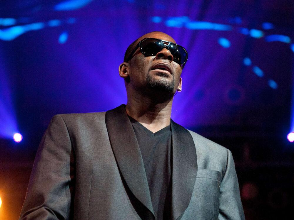 R. Kelly Releases Lyrics From 2011 Song 'Shut Up' On His IG - His First Post In 1 Year