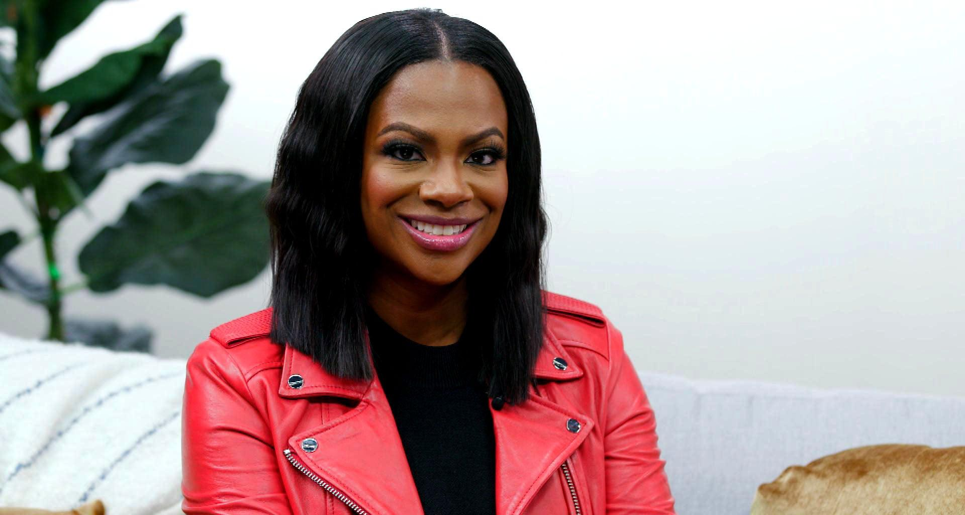 Kandi Burruss Poses With Cynthia Bailey And Makes Fans' Day