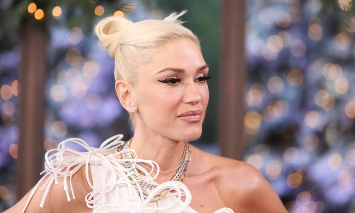 Gwen Stefani Fan Teases Her For Failing At TikTok Video And She Has Hilarious Response!