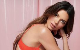 Kendall Jenner Compared To A Barbie Doll In Latest Photos — Photoshopped To Look Like Plastic?
