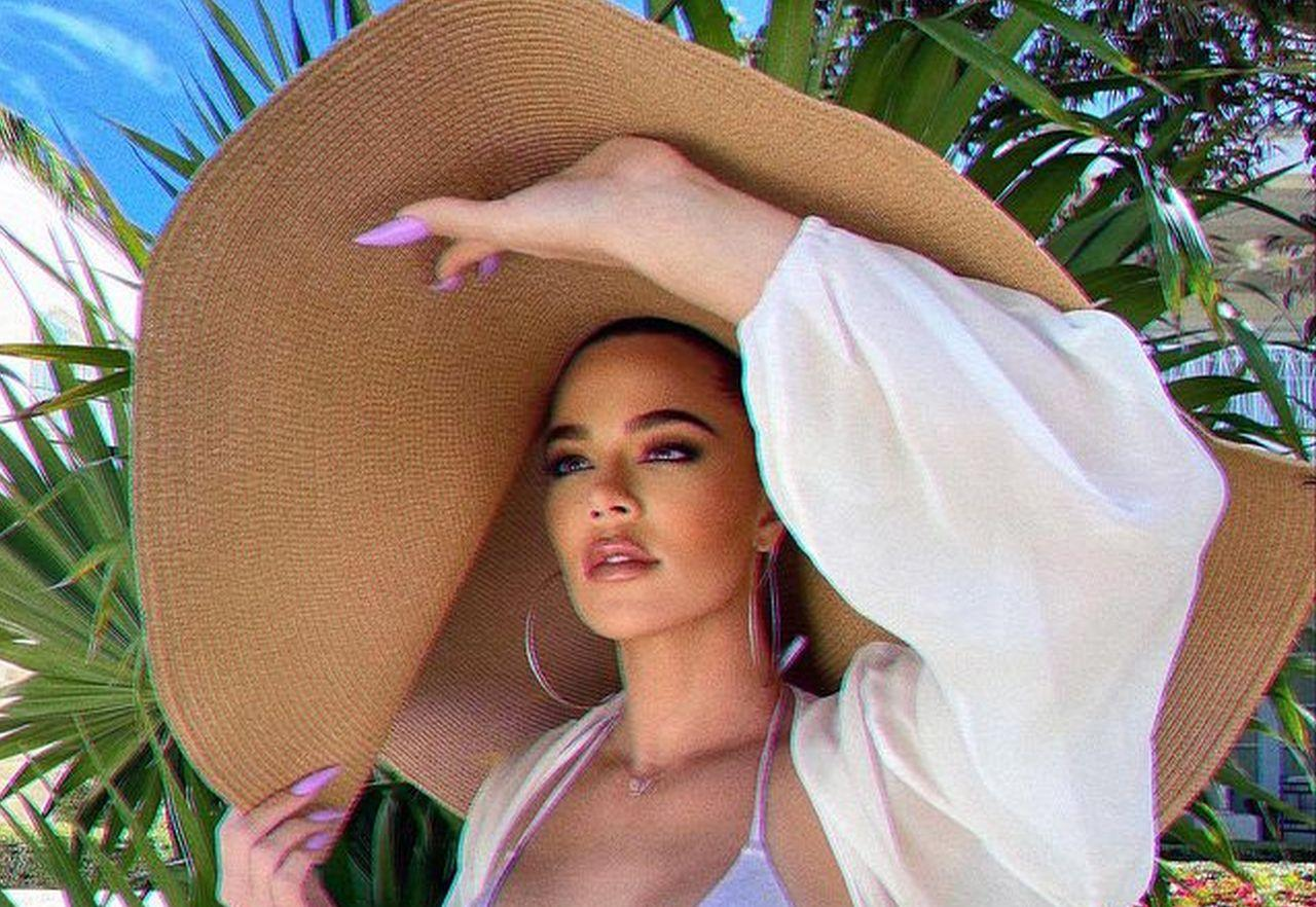Khloe Kardashian Puts Her Assets On Full Display In New Photo