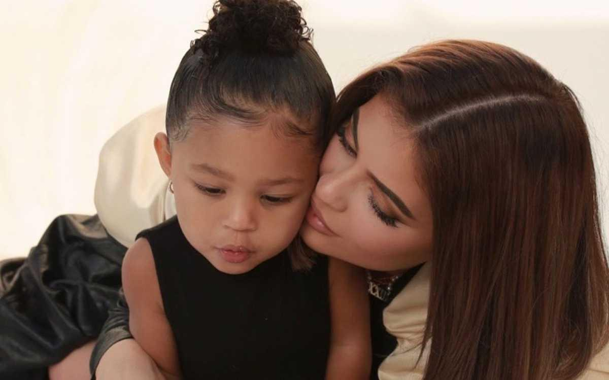 KUWTK: Kylie Jenner Gets A Lot Of Criticism After Throwing Over The Top Party For Daughter Stormi Amid The Pandemic!