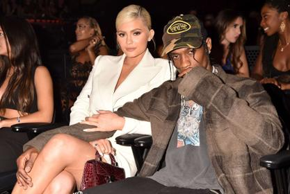 KUWTK: Kylie Jenner And Travis Scott Still 'Hooking Up' But Not Back Together - Here's Why They're Not Labeling What They Share!