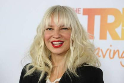Sia Reportedly Deletes Her Twitter Following Golden Globe Nomination For Movie Music Which Caused Controversy Over Maddie Ziegler Casting