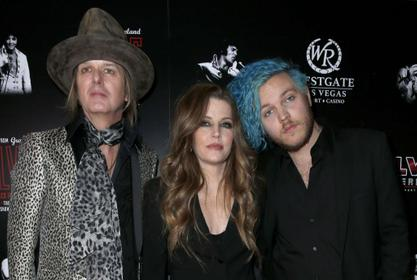 Lisa Marie Presley And Former Husband Danny Keough Living Together Again Following The Death Of Their Son Benjamin