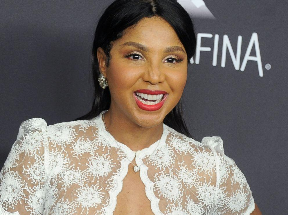 Toni Braxton Continues To Flood The Internet With Pics Featuring Herself And Fans Are In Awe