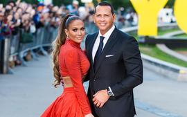 Alex Rodriguez Reportedly 'Begging' Jennifer Lopez To Work On Their Relationship Amid Split Reports!