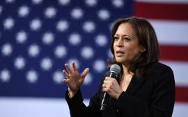 Kamala Harris Delivers Inspiring Speech And Applauds Young Leaders At The Nickelodeon Kids' Choice Awards