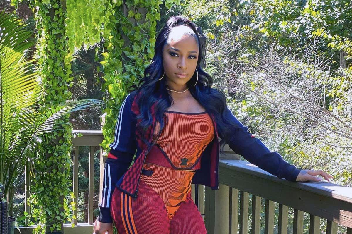 Toya Johnson Hits The Mountain With Robert Rushing - Check Out Her Amazing Shape