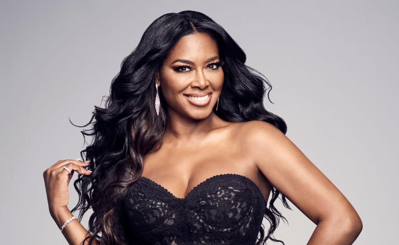 Kenya Moore Rocks A Leather Dress - Check Out How Gorgeous She Looks In This Outfit