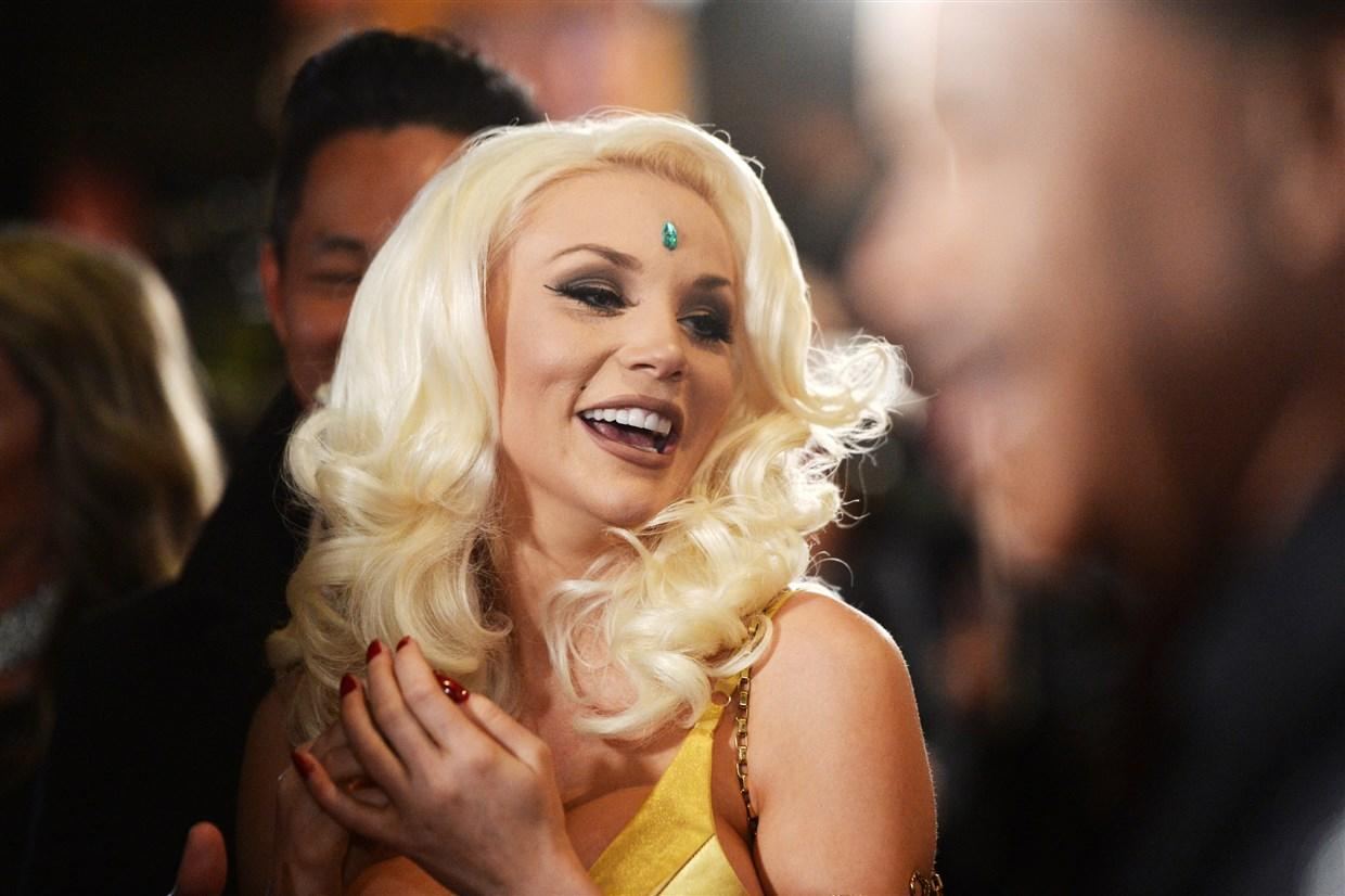 Courtney Stodden Is Non-Binary -- Fans Applaud Them For Living In Their Truth
