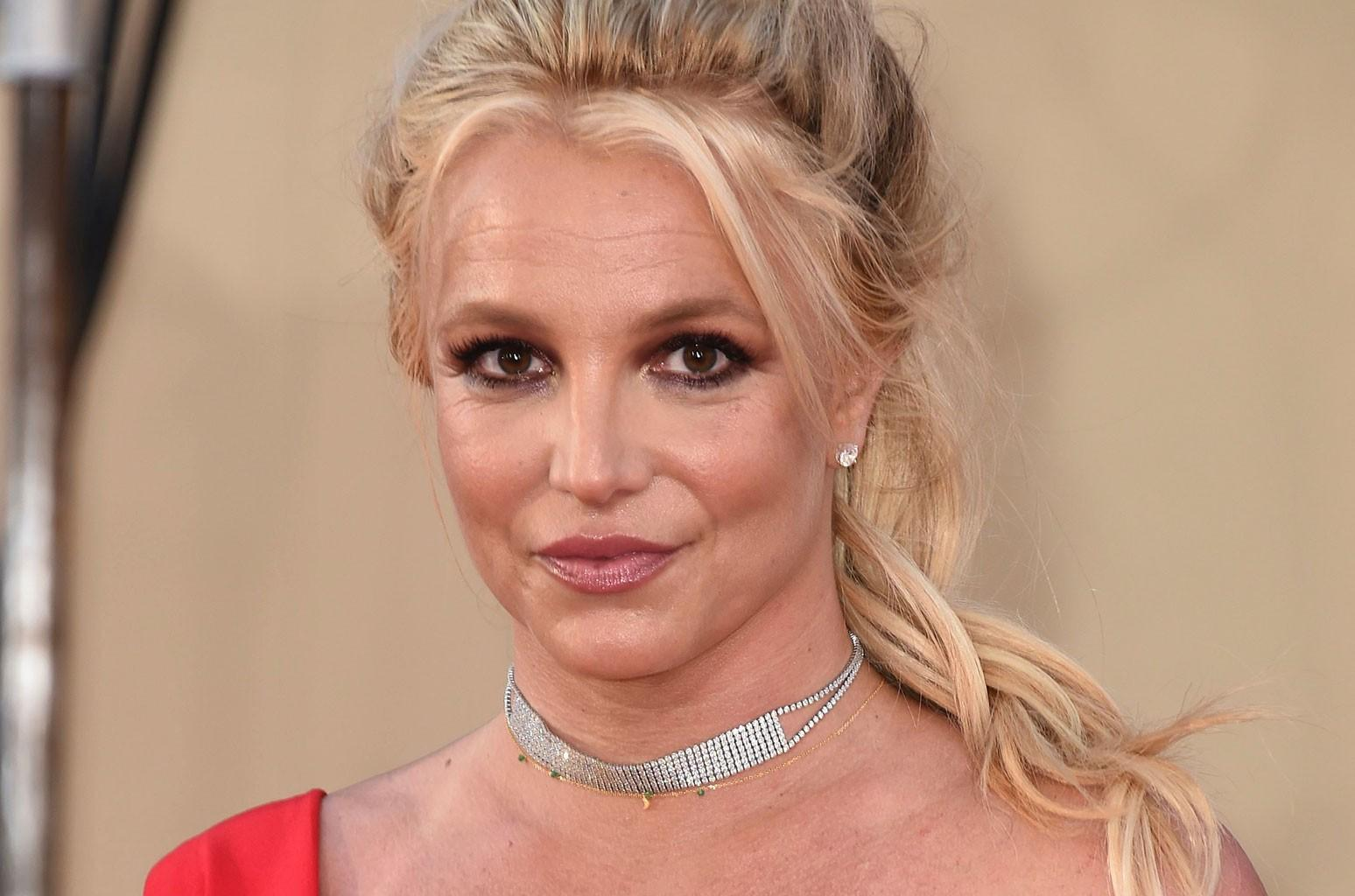 Britney Spears Fans Are Super Confused By Her Post Announcing The Arrival Of 'RED!'
