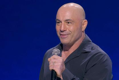 Joe Rogan In Hot Water After Arguing Young Healthy People And Kids Should Not Get The COVID-19 Vaccine!