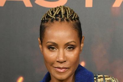 Willow Smith Surprises Jada Pinkett Smith For Mother's Day