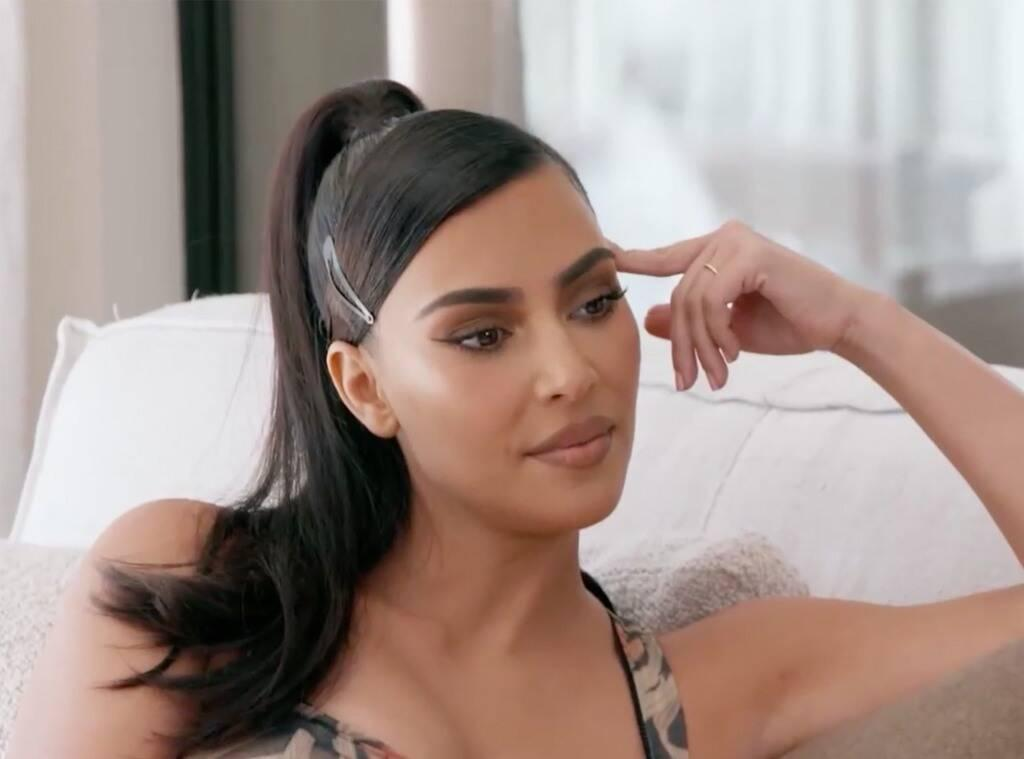 KUWTK: Kim Kardashian Is Very Discouraged After Failing Her First Year Law Exam - Is She Giving Up?
