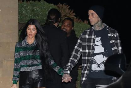 KUWTK: Kourtney Kardashian Tattoos The Words 'I Love You' In Her Own Handwriting On Her Man Travis Barker In New Clip!