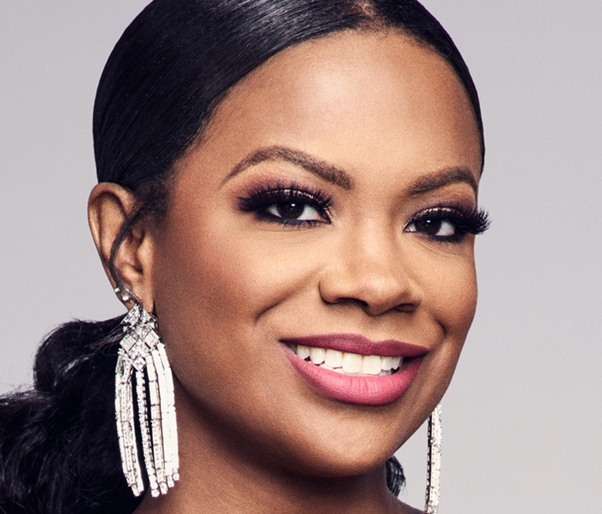 Kandi Burruss Breaks The Internet With Her 45th Birthday Photo And Clip