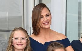 Jennifer Garner Says Her Kids Are Like Fungus In Funny New Post - Here's Why!