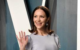 Katharine McPhee Wears Black Swimsuit While Playing In The Pool With Her Baby Boy!